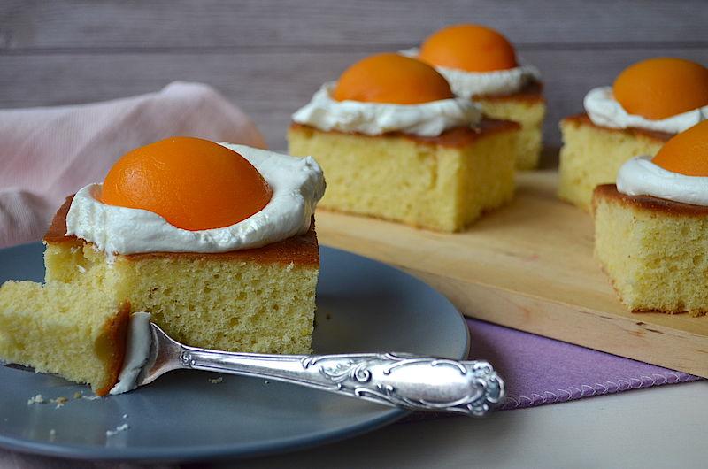 Saftiger Spiegeleikuchen Mit Pfirsichen Homemade Cupcakes More